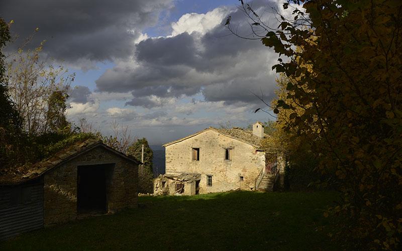 Casolare storico in pietra