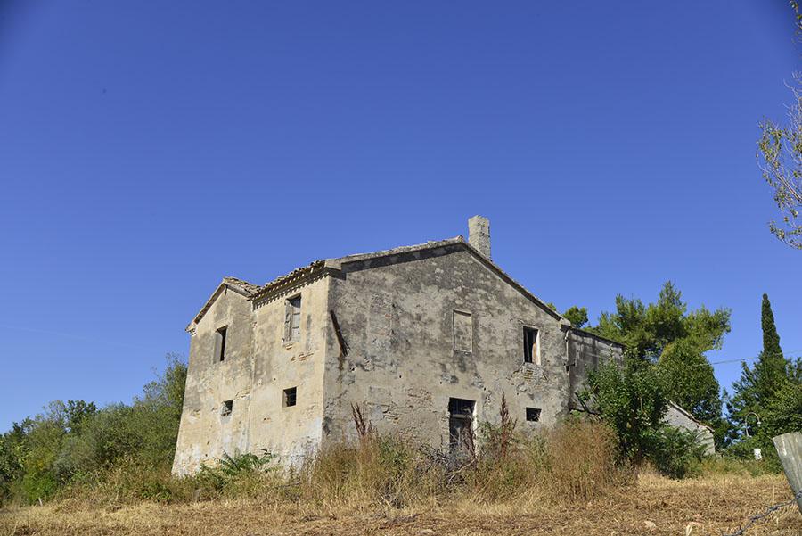 Casolare verdeazzurro a Senigallia