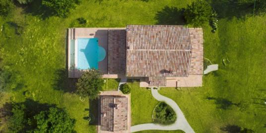 Villino Katrina sulle colline di Morro D'Alba - Architetto Sergio Marinelli