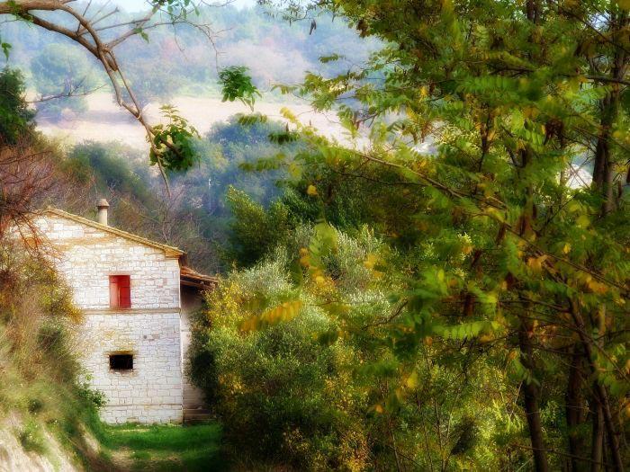 Casale nel parco del Conero, Ancona