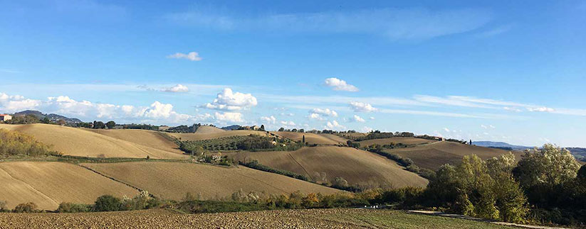 Buying a house in Marche