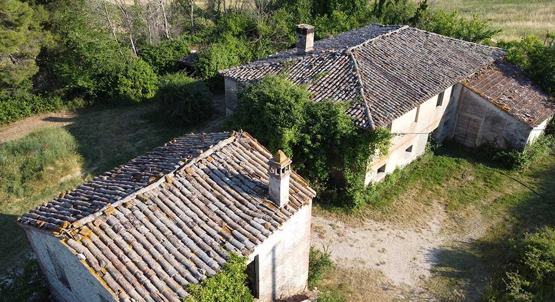 Casolari Vignabianca nel comune di Arcevia