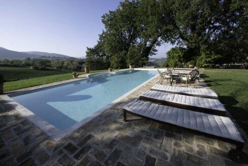 monastero-favari-swimming