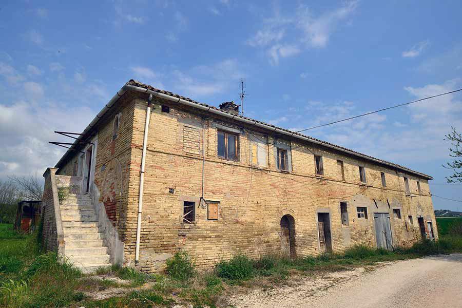 Casolare rurale nei pressi di Recanati