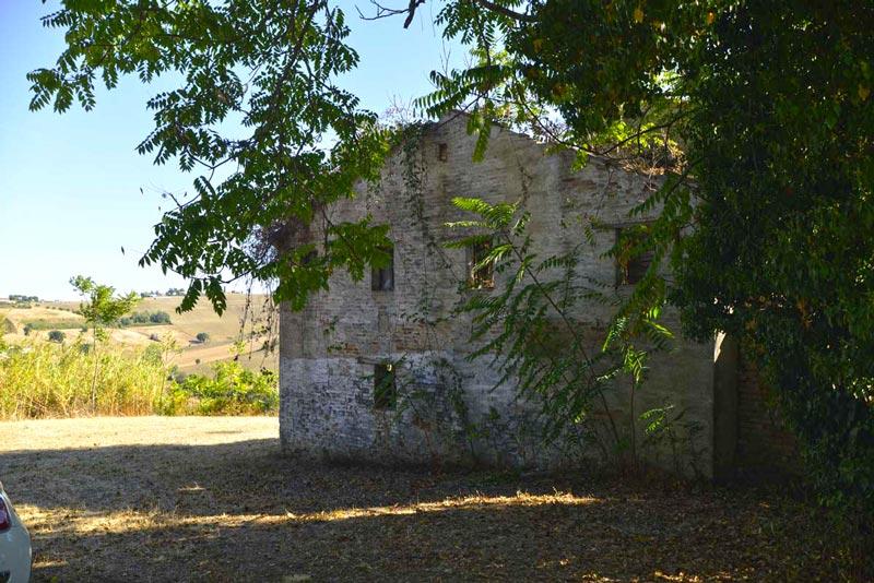 Casolare delle Stelle a Belvedere Ostrense