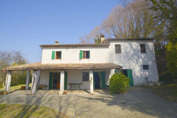 Casolare-Pesaro-fronte