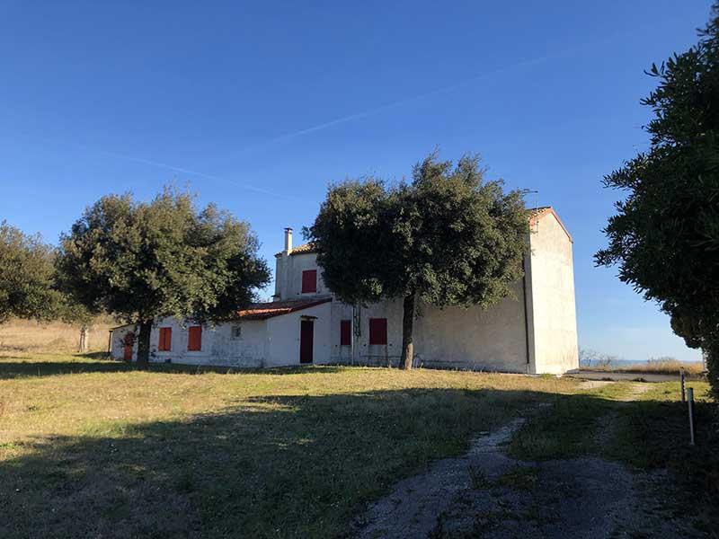 Casale del Conero, con vista mare