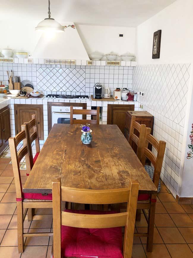 casale-marche-cucina-particolare