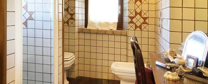 casale-marche-toilette