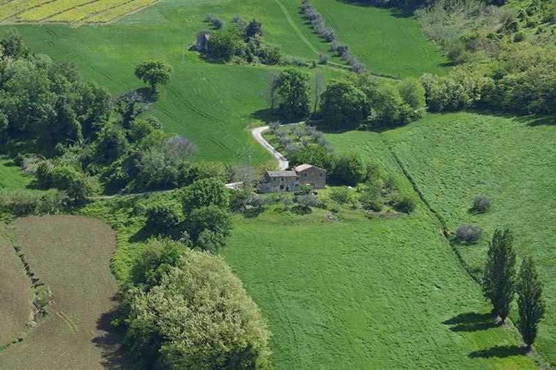 Casale di campagna Monteroberto