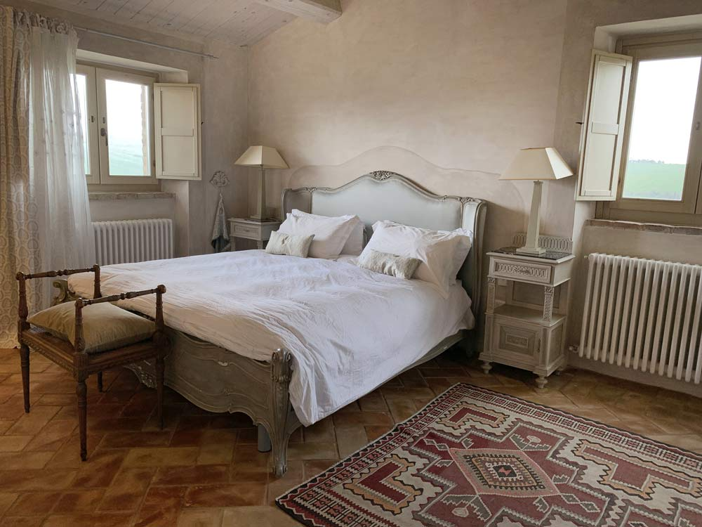 casale-villa-claire-bedroom