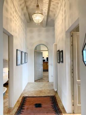 casale-villa-claire-corridoio