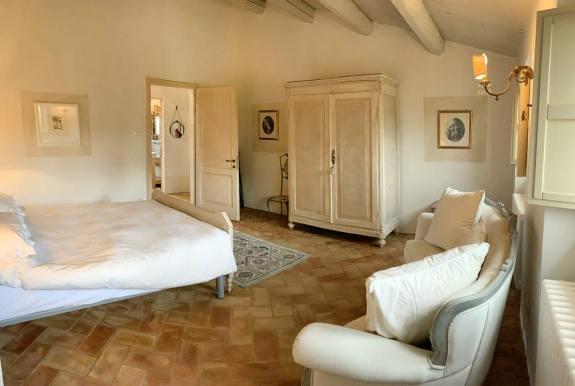 casale-villa-claire-seconda-stanza