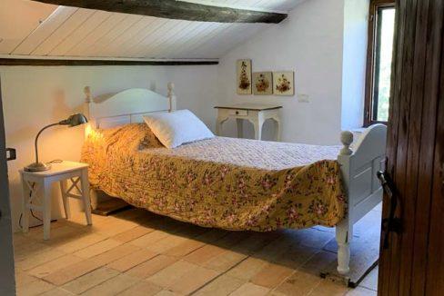 Pietradorata-bed