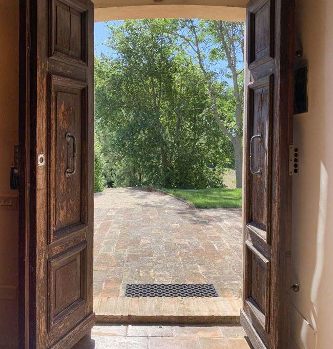 treia-porta