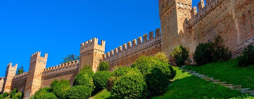 Rocche e castelli nelle Marche
