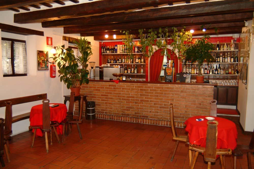 Villa-della-Rovere-bar