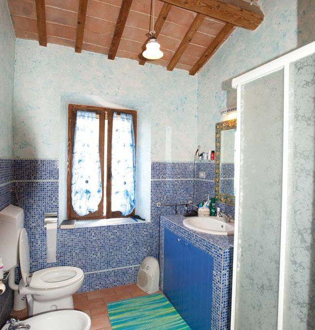 casale-scisciano-shower