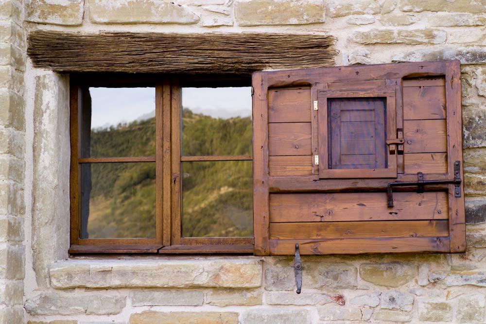 terre-antiche-finestra