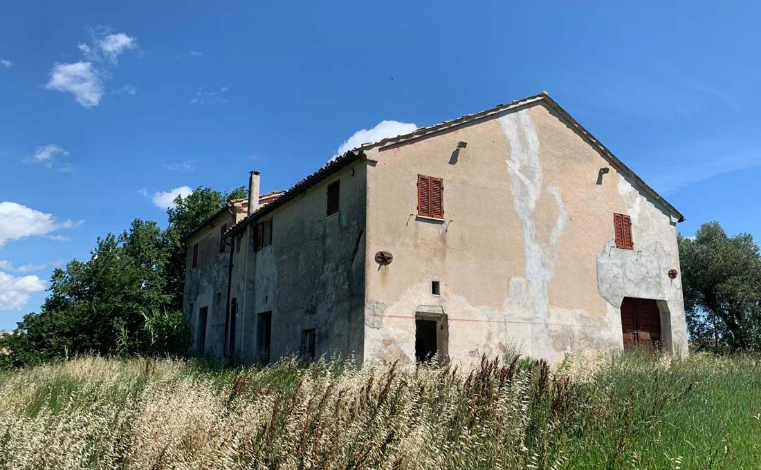 Casale-Belvedere-angolo-west