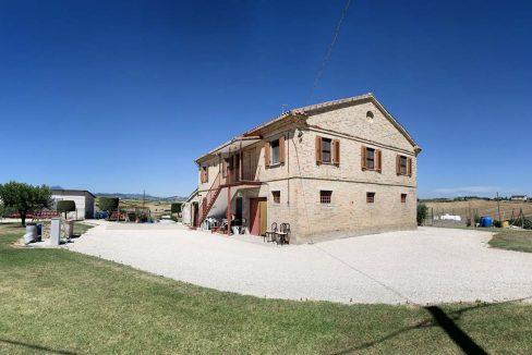 Casale-Filottrano-corner