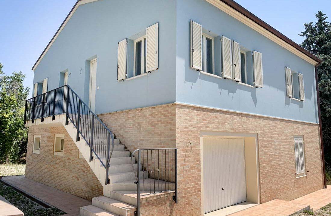 casale-azzurro-scala
