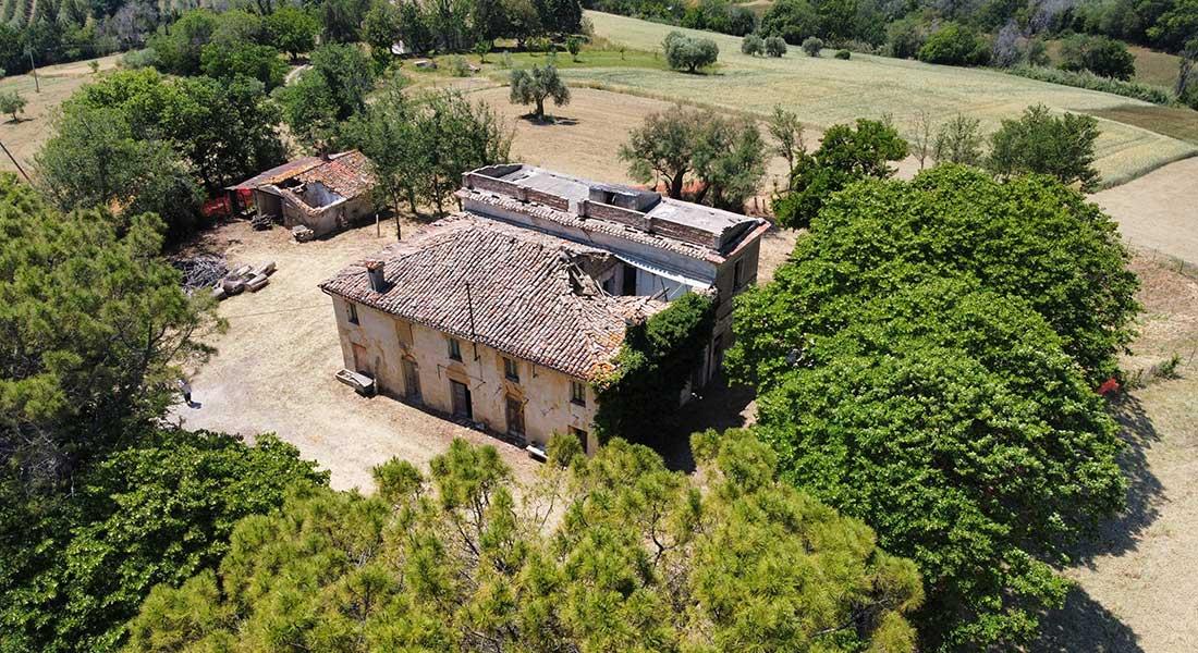 Santa Lucia farmhouse