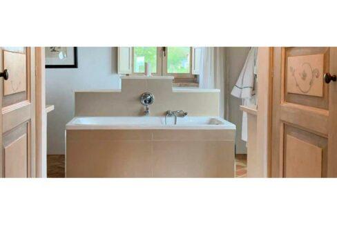 casale-villa-claire-detail-830x323