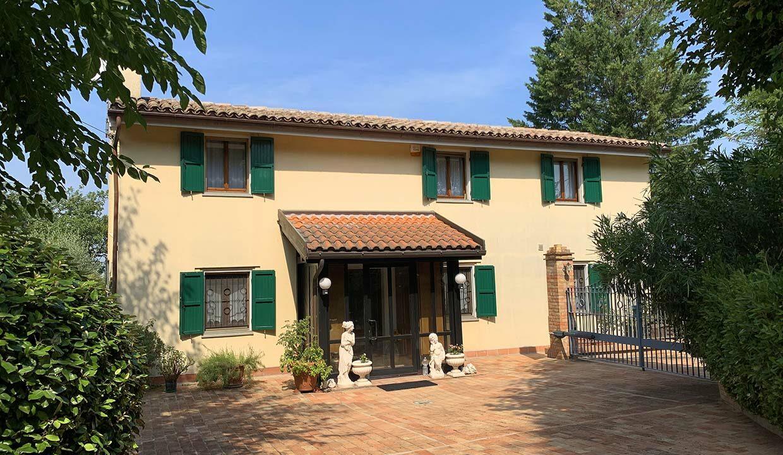 Casale-Roveresco-fronte