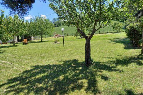 Casale-Ostra-giardino