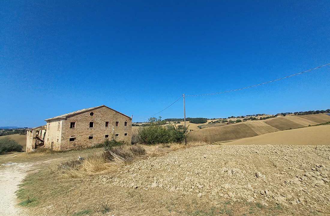 Casale-San-Biagio-east-side