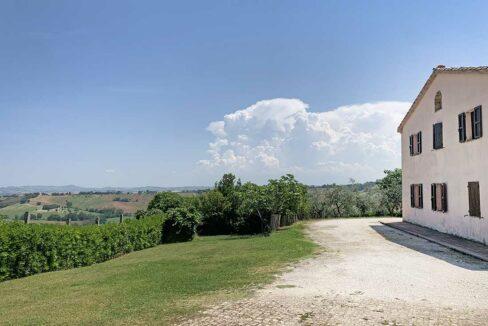 Casale-San-Marcello-corner