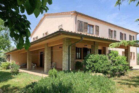 casale-san-Marcello-patio