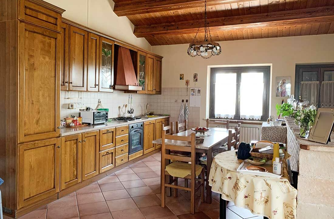 casale-san-marcello-cucina