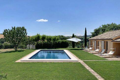 Casale-Colgnola-area-pool