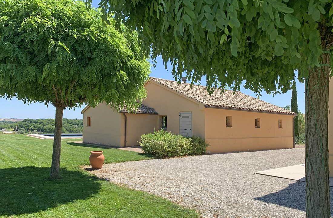 Casale-Colognola-back-shed