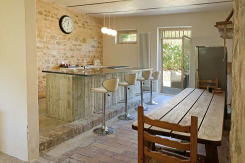 Casale-Colognola-cucina-detail