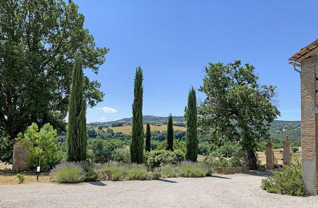 Casale-Colognola-garden
