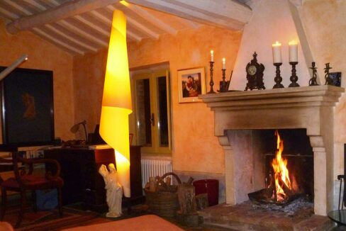 Casa-Montefeltro-camino