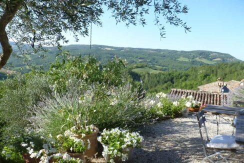 Casa-Montefeltro-lavanda