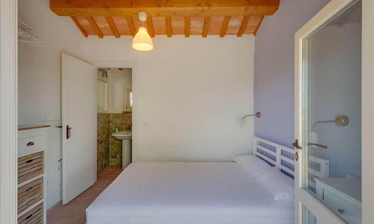 Casale-Senigallia-4th-bedroom-plus-bath