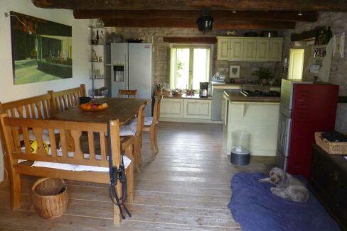 casa-Montefeltro-kitchen