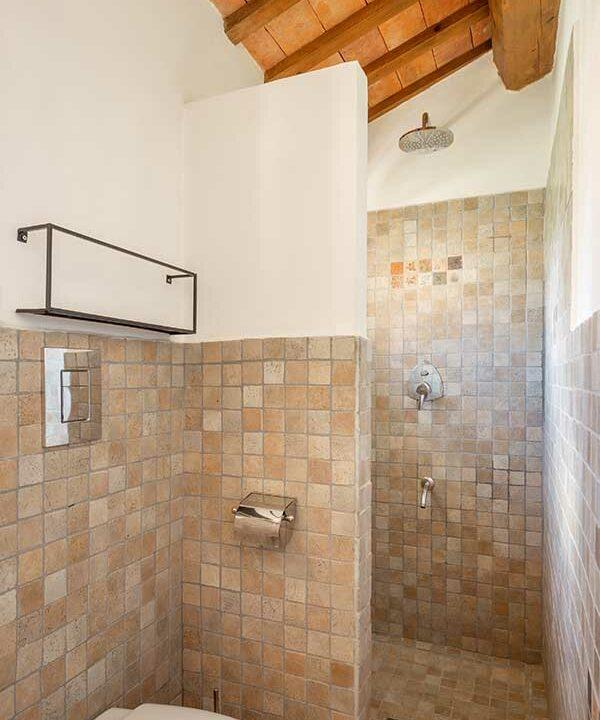casale-filetto-sauna-doccia