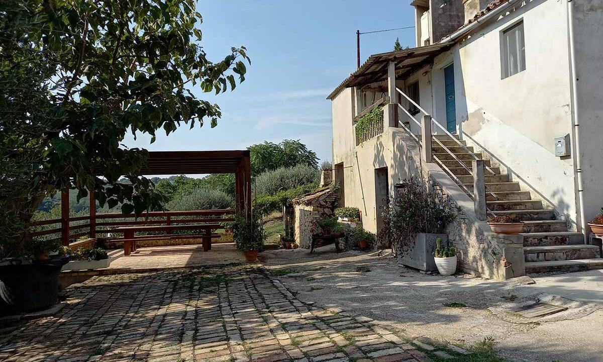 Sant'Elpidio-terrace-casale-bianco