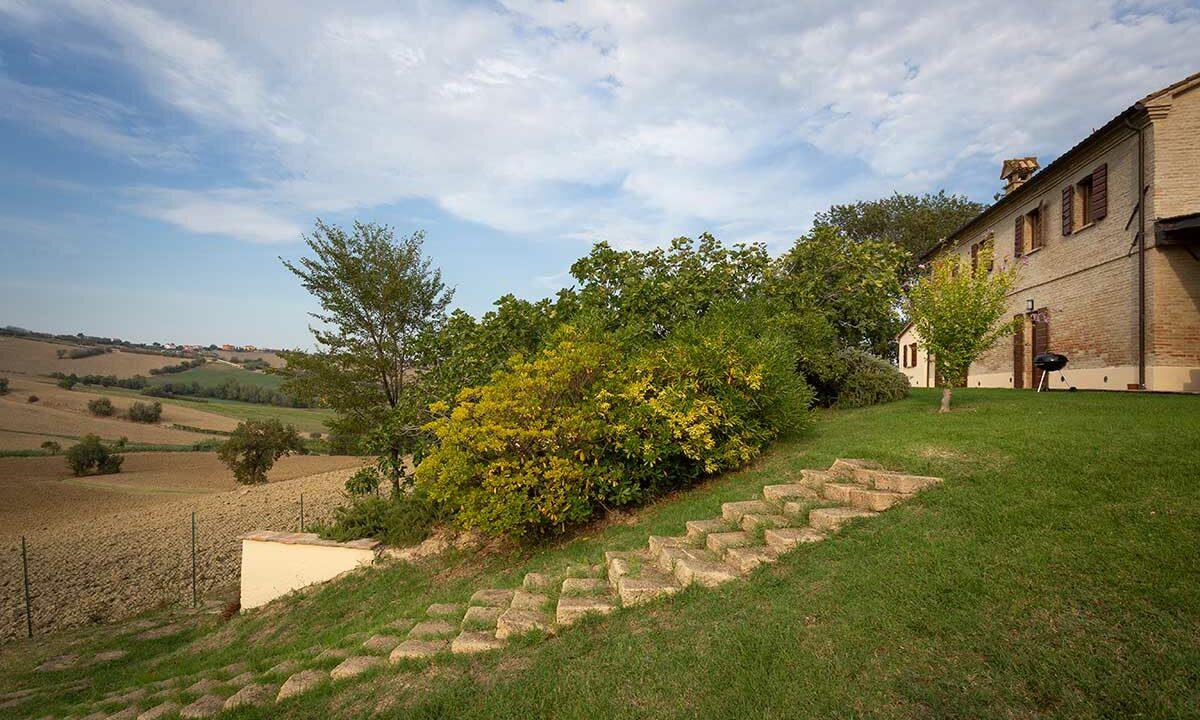 casale-piagge-back-garden