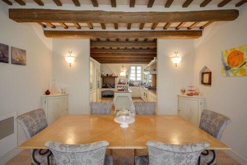 Villa-Commenda-sala-cucina