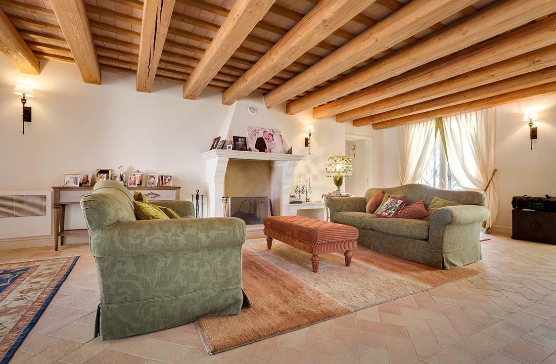 Villa-Commenda-salotto