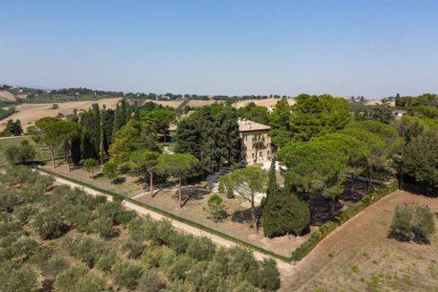 villa-montecassiano-drone-sud